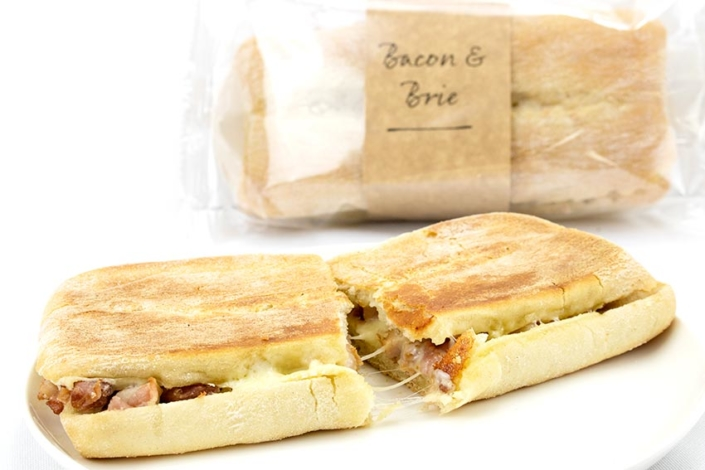 pre-made-sandwiches-wholesaler-bacon-brie panini
