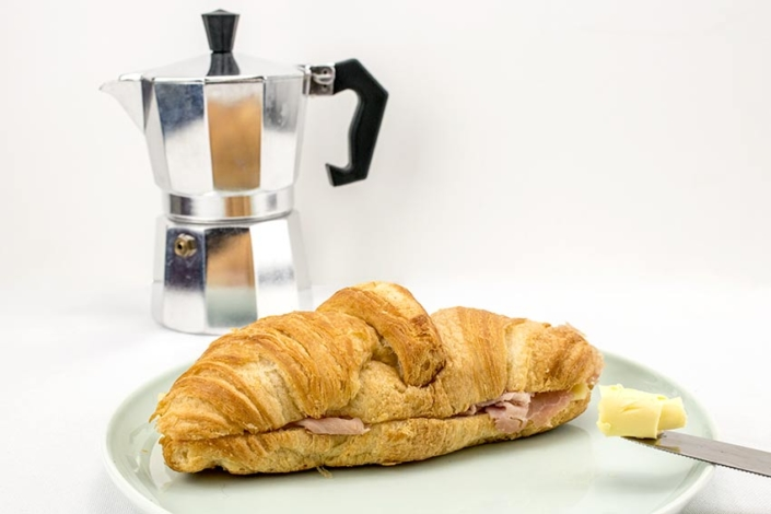 filled-croissant-supplier