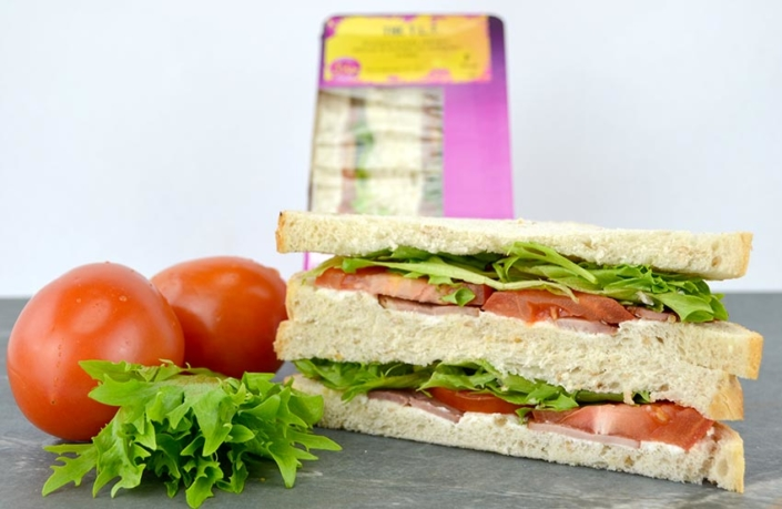 Halal Sandwiches Turkey Lettuce and Tomato